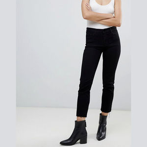 J Brand Amelia Crop Mid Rise Straight Jeans NWT 26